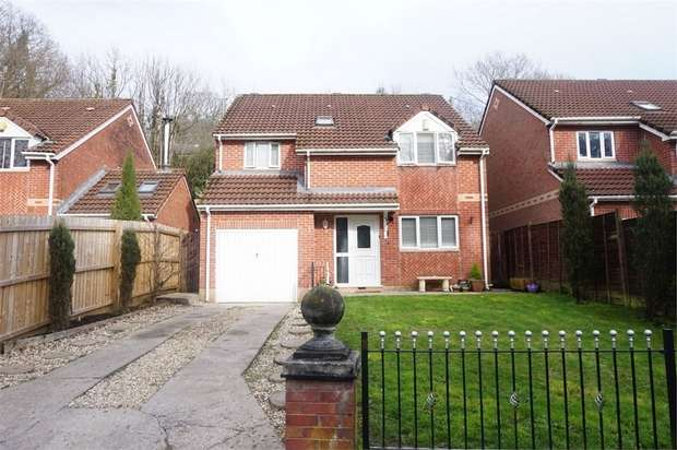4 Bedrooms Detached House for sale in Riverside Court, Woodfieldside, BLACKWOOD, Caerphilly