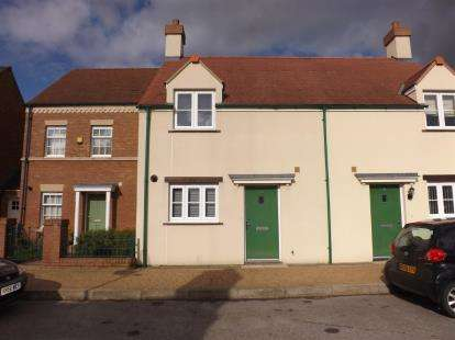 3 Bedrooms Semi Detached House for sale in Frogden Road, Wichelstowe, Swindon, Wiltshire