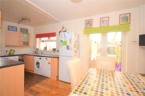 3 Bedrooms End Of Terrace House for sale in Shaftesbury Road, Exeter, Devon