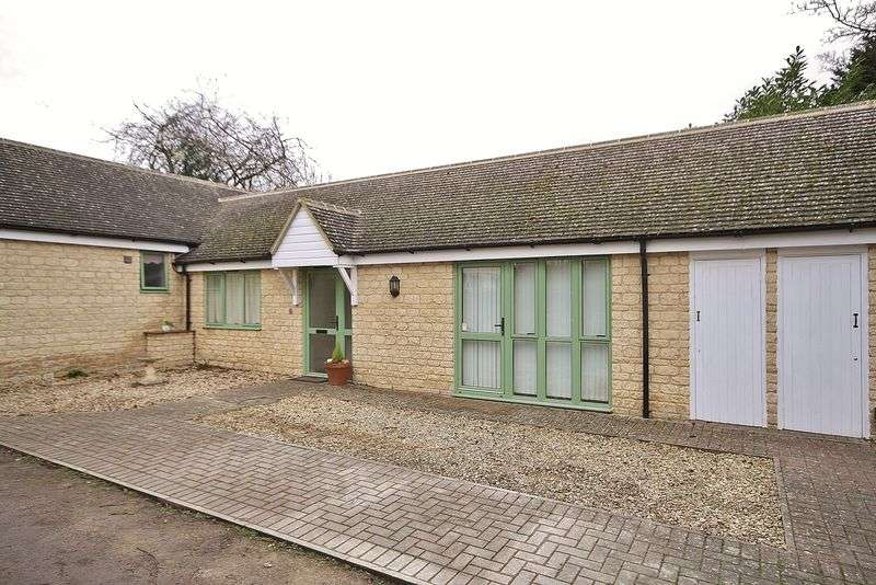 1 Bedroom Bungalow for sale in OLD RECTORY MEWS, Witney OX28 4AG