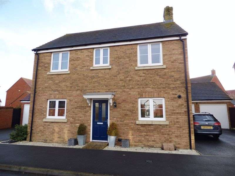 3 Bedrooms Detached House for sale in Downsberry Road, Ashford