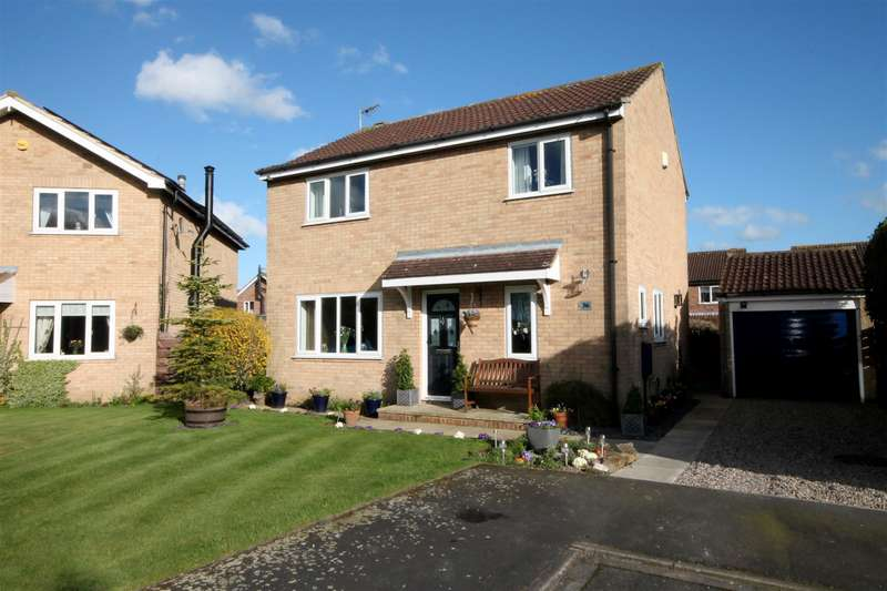 4 Bedrooms Detached House for sale in Wilstrop Farm Road, Copmanthorpe, York, YO23 3RY