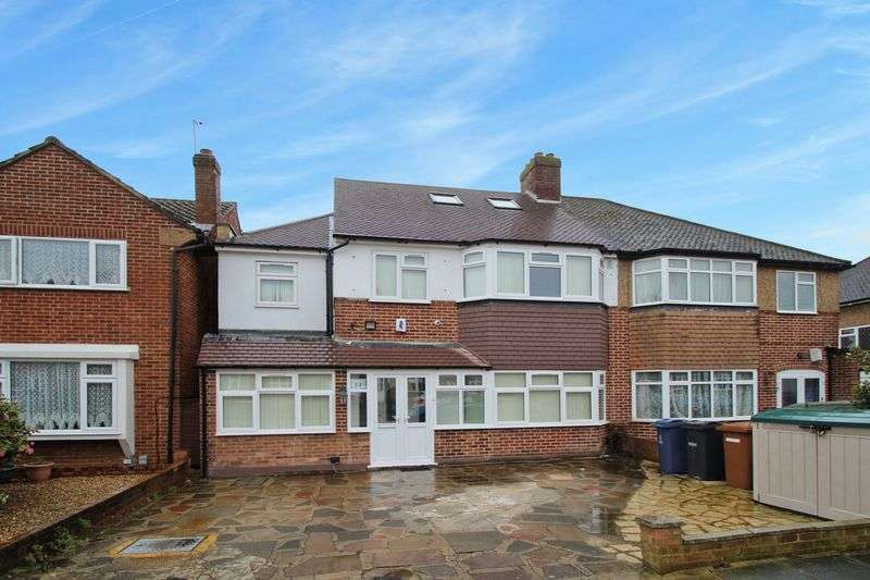 6 Bedrooms Semi Detached House for sale in Anglesmede Crescent, Pinner