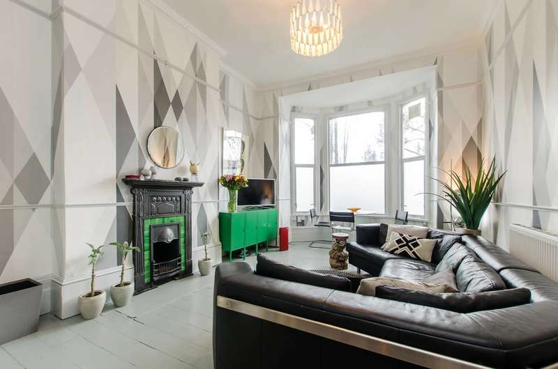 1 Bedroom Flat for sale in Effra Road, Brixton, SW2