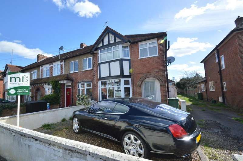 3 Bedrooms Semi Detached House for sale in Carlton Road, WALTON ON THAMES KT12
