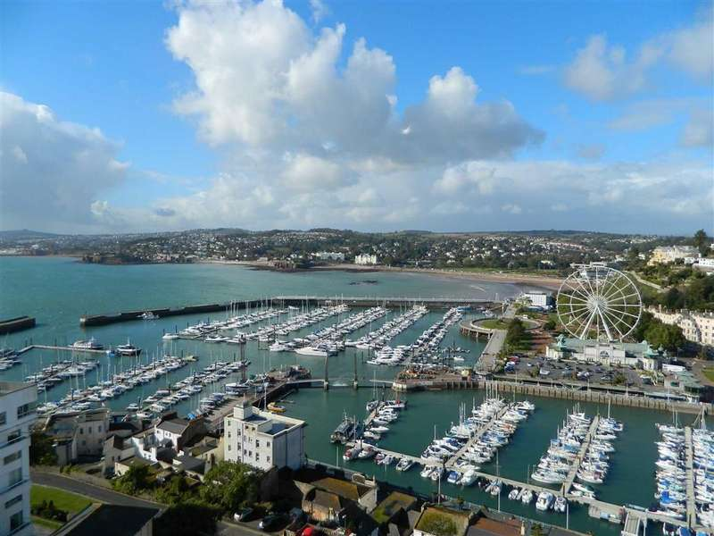 3 Bedrooms Apartment Flat for sale in Vane Hill Road, Torquay, Devon, TQ1