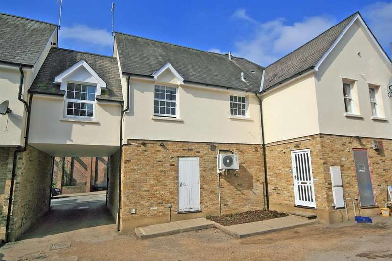 2 Bedrooms Apartment Flat for sale in Church Street, Ware