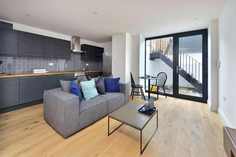 2 Bedrooms Apartment Flat for sale in Highbury Grove, London N5