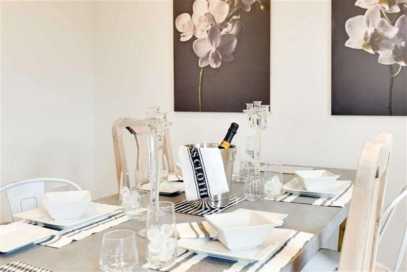 5 Bedrooms Semi Detached House for sale in St. Peter's Court, Market Drayton, Shropshire