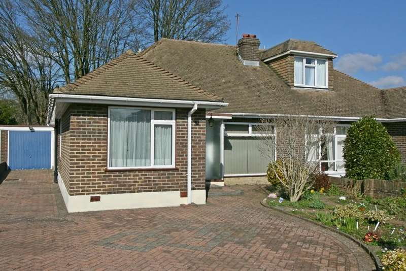 3 Bedrooms Semi Detached Bungalow for sale in Kenley, Surrey