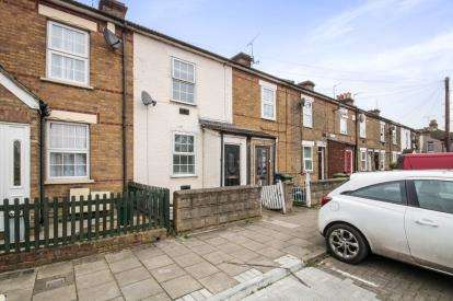3 Bedrooms Terraced House for sale in Kings Road, Waltham Cross, Hertfordshire, Waltham Cross