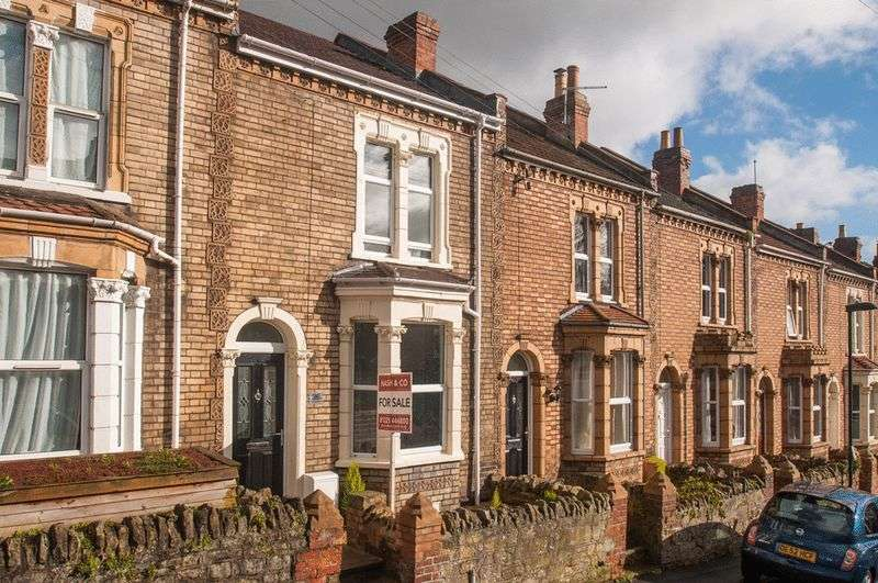 2 Bedrooms Terraced House for sale in Avondale Road, Lower Weston, Bath