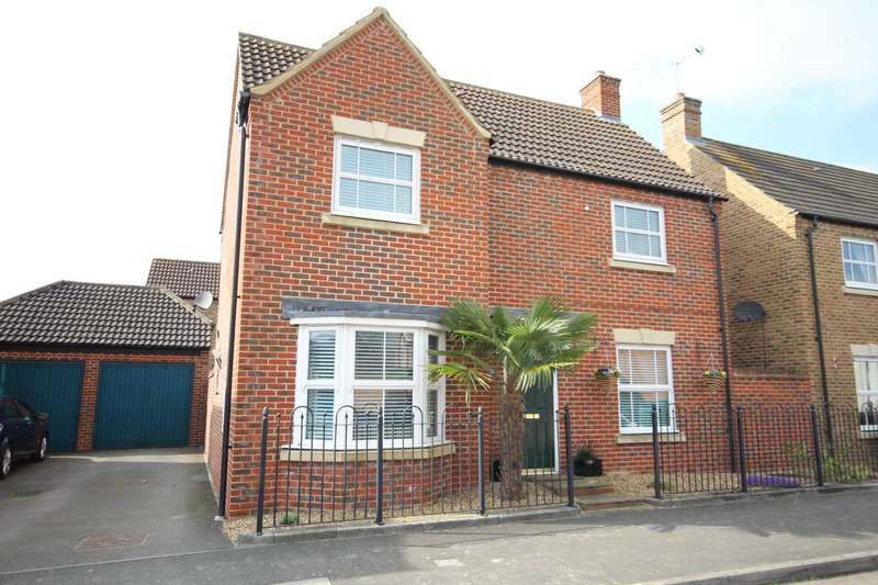 3 Bedrooms Detached House for sale in Chelsea Road, Fairford Leys