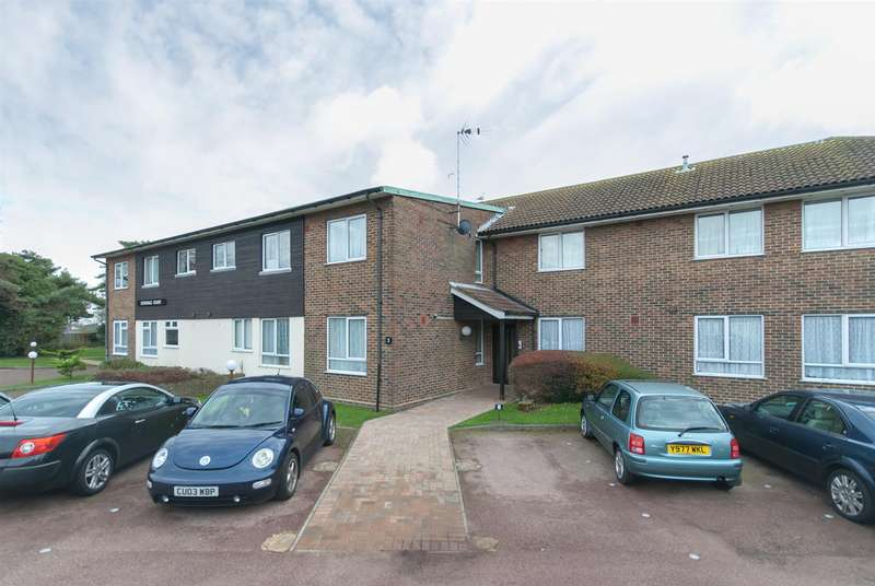 2 Bedrooms Flat for sale in Dovedale Court, Birchington