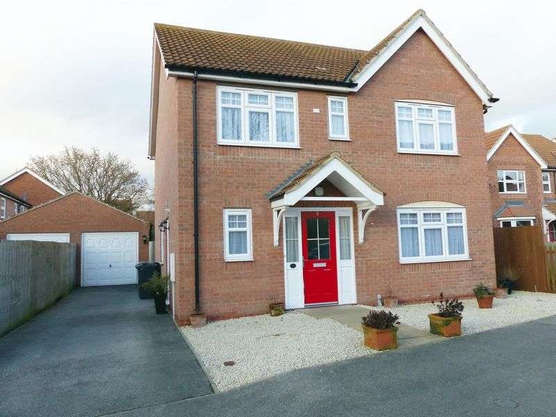 4 Bedrooms Detached House for sale in Kingfisher Drive, Market Rasen