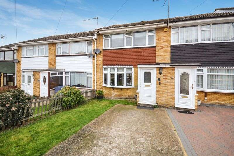 3 Bedrooms Terraced House for sale in Edinburgh Avenue, Stanford-Le-Hope