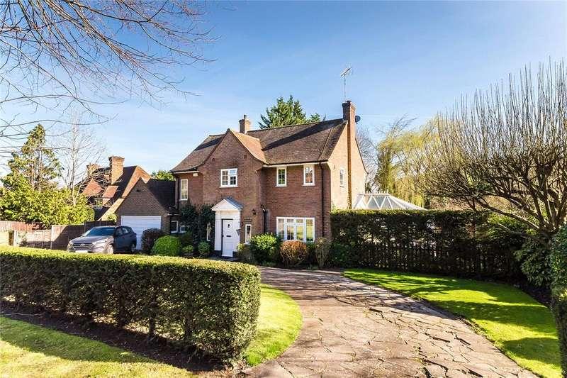 3 Bedrooms Detached House for sale in Beech Waye, Gerrards Cross, Buckinghamshire