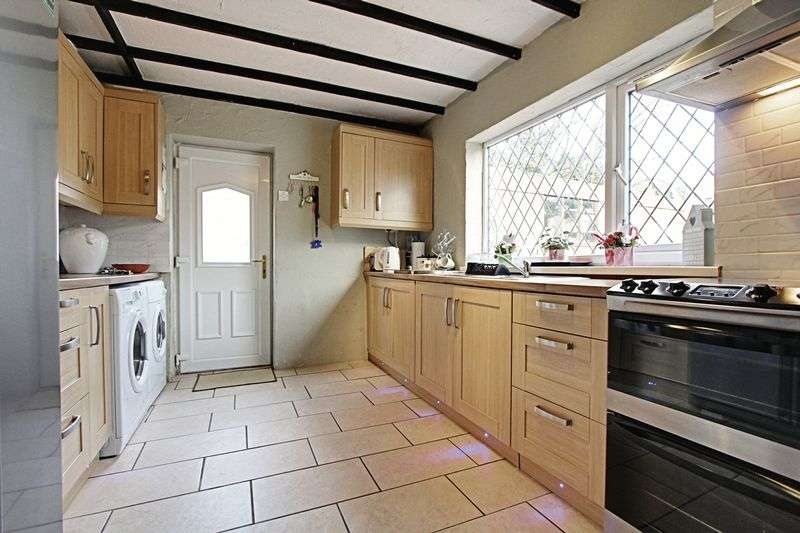 3 Bedrooms Detached Bungalow for sale in Abbey Road, Ulceby