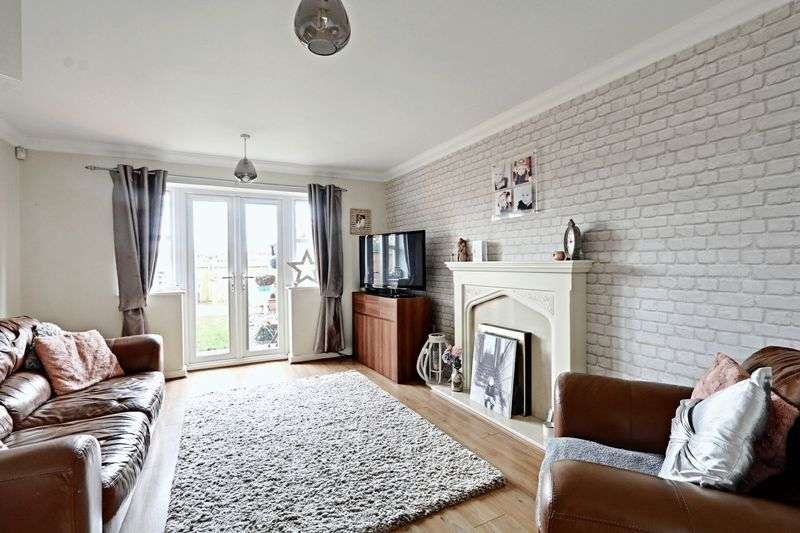 2 Bedrooms Terraced House for sale in Flanders Red, Sutton Park