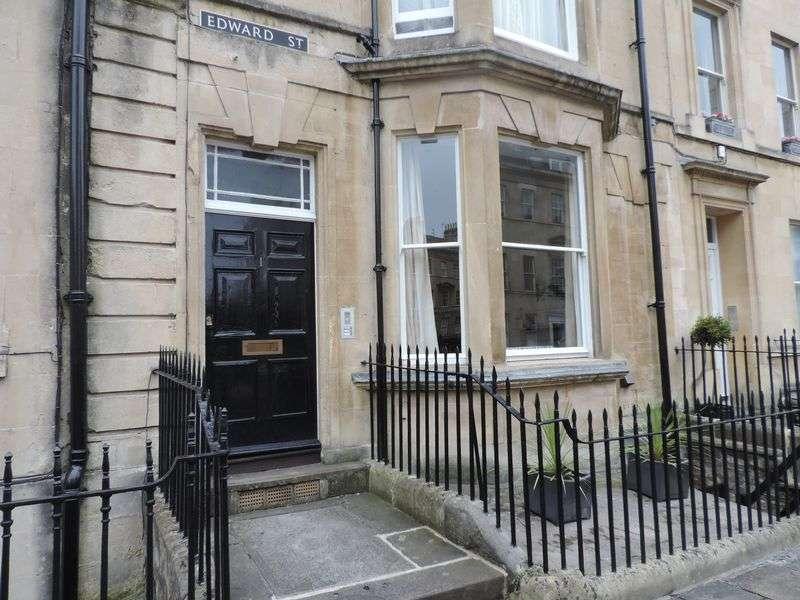 2 Bedrooms Flat for sale in Garden Maisonette, 1 Edward Street, Bath