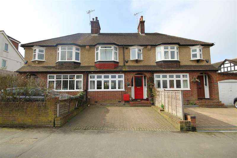 3 Bedrooms House for sale in Herkomer Road, Bushey Village, WD23.