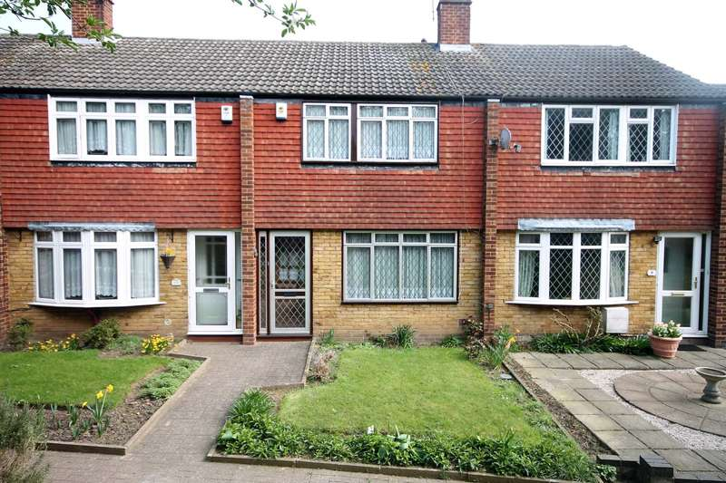 3 Bedrooms House for sale in Hilary Close, Erith
