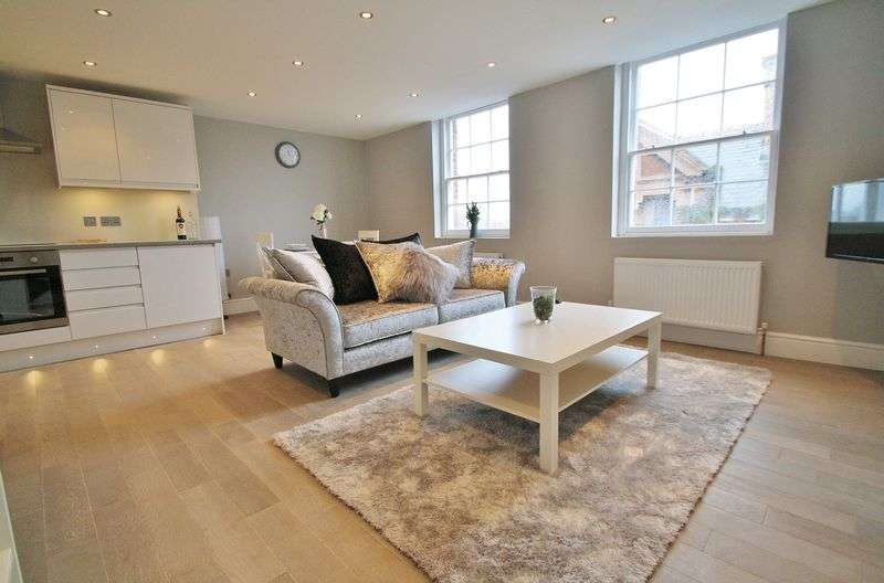 1 Bedroom Flat for sale in WALLINGFORD