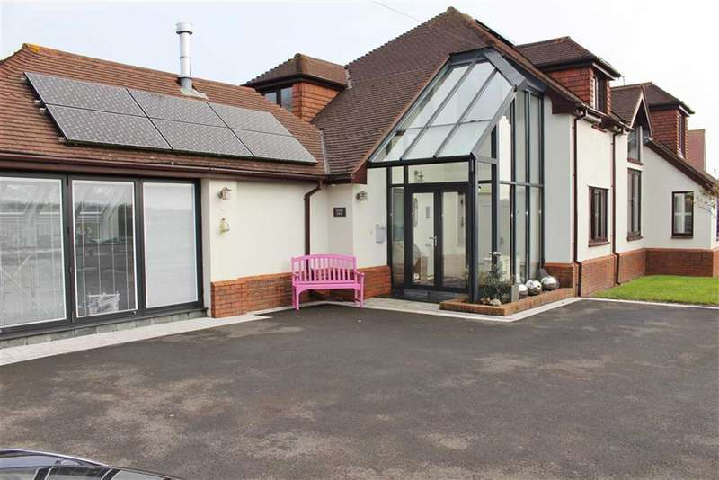 4 Bedrooms Detached House for sale in Caswell Bay Road, Bishopston
