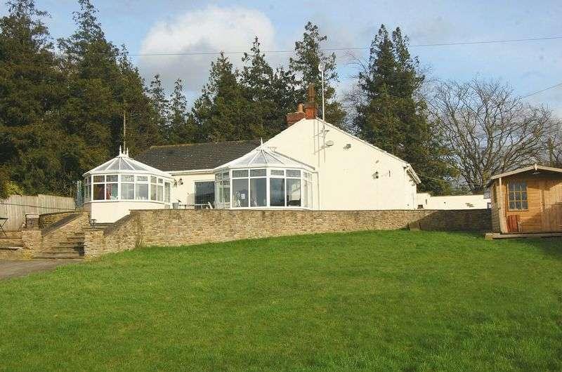 4 Bedrooms Detached House for sale in Bullamoor Road, Northallerton