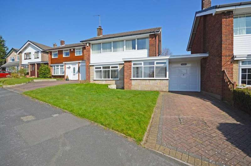 3 Bedrooms Detached House for sale in Highlands Road, Offerton