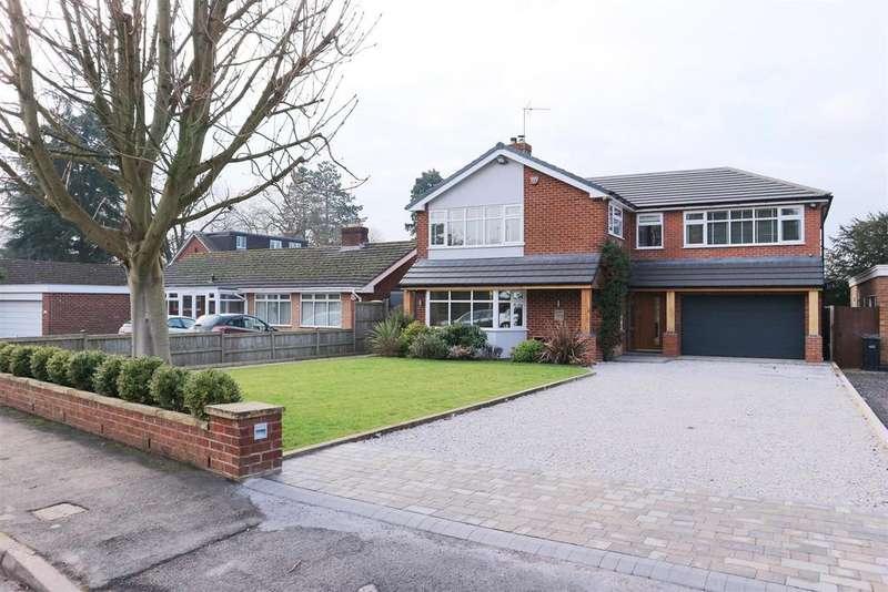 5 Bedrooms Detached House for sale in Greenroyde, Pedmore, Stourbridge