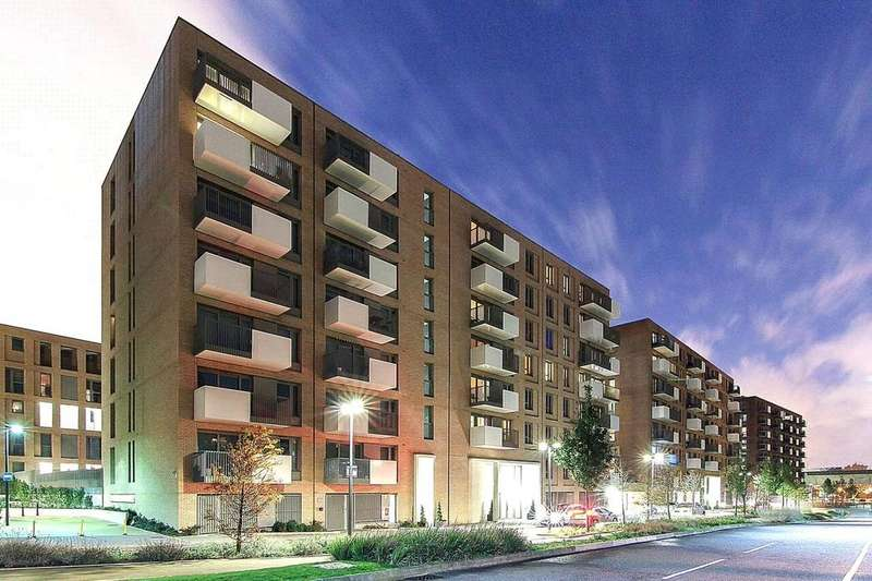 2 Bedrooms Flat for sale in Parkside Court, Booth Road, Royal Docks, E16