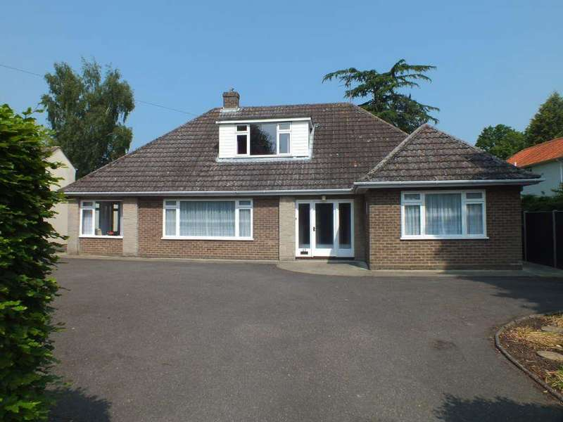 4 Bedrooms Detached House for sale in Halmergate, Spalding Town Centre, Spalding, Lincolnshire
