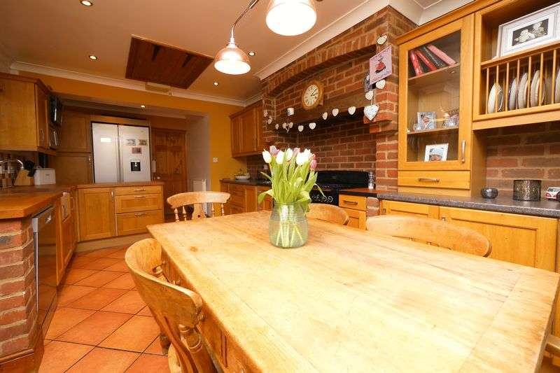 3 Bedrooms Semi Detached House for sale in OXFORD