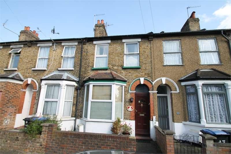 2 Bedrooms Terraced House for sale in Kimberley Road, N18