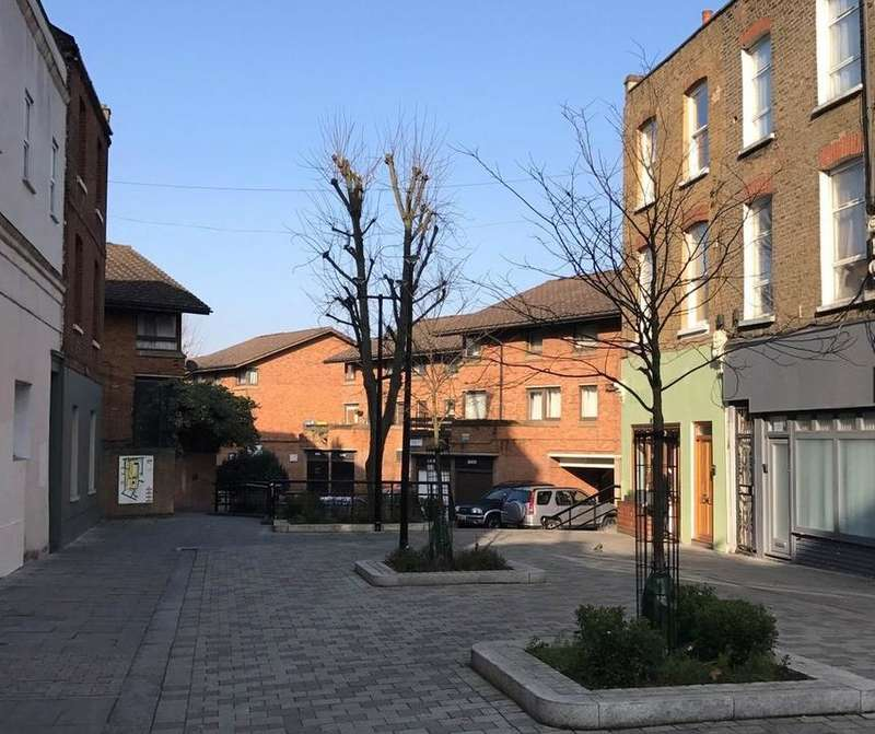 3 Bedrooms House for sale in Datchelor Place, London SE5