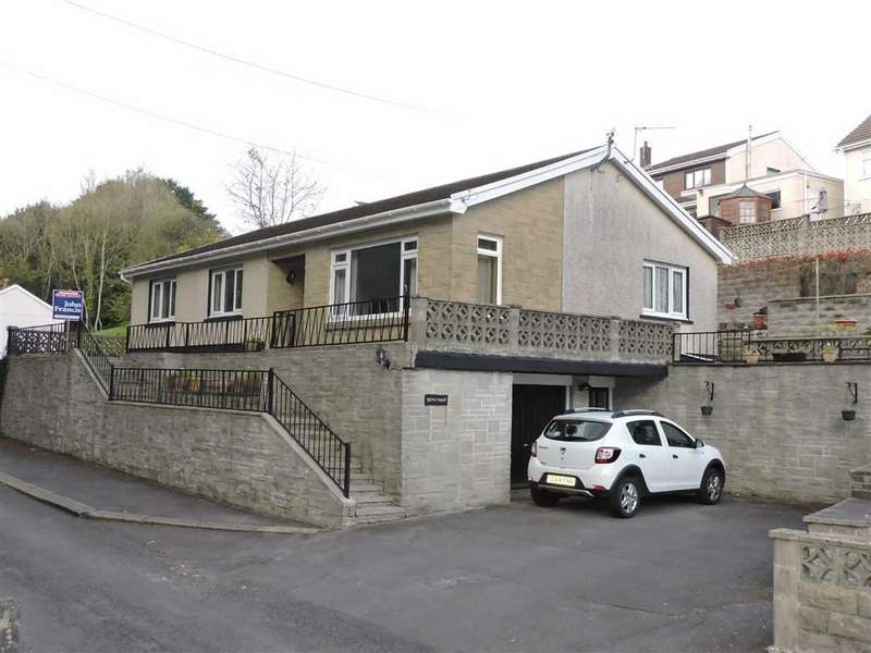 3 Bedrooms Property for sale in Reservoir Road, Carmarthen