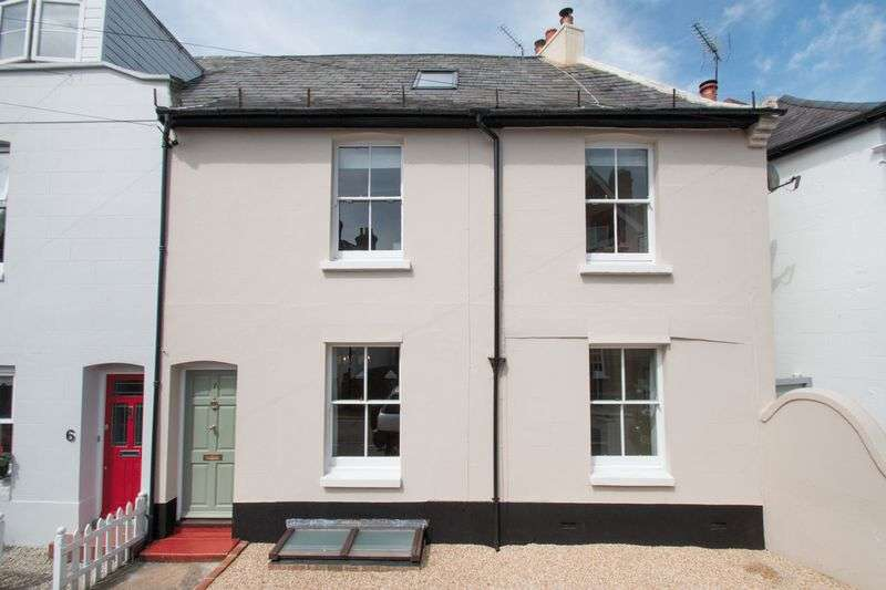 4 Bedrooms Terraced House for sale in Caledonian Road, Chichester