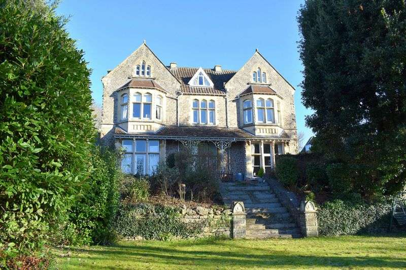 2 Bedrooms Flat for sale in Stunning period two bedroom apartment in Upper Clevedon