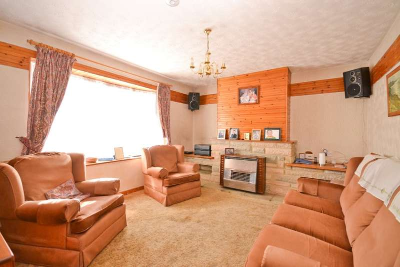 2 Bedrooms Semi Detached Bungalow for sale in Newport, Isle Of Wight