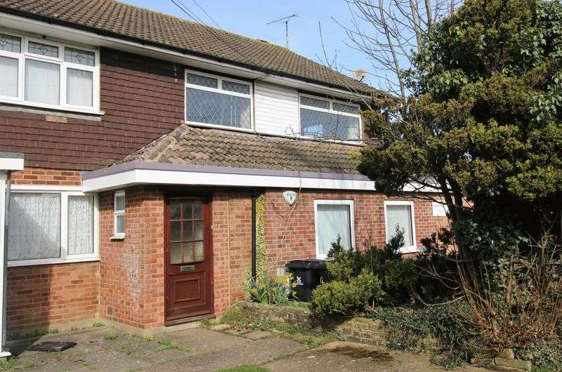 2 Bedrooms Flat for sale in Monks Risborough