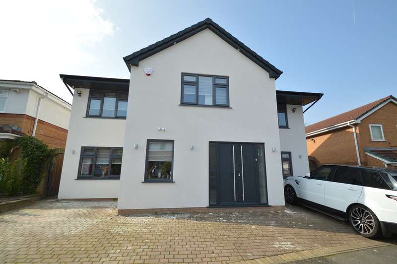5 Bedrooms Detached House for sale in Prestwich Hills, Prestwich, Manchester, M25