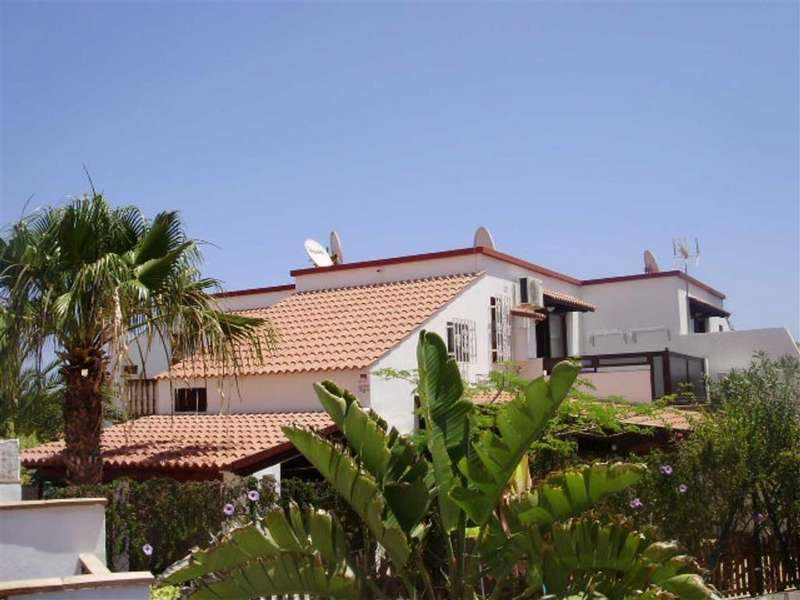 2 Bedrooms End Of Terrace House for sale in Parque Hollandes, La Oliva, Fuerteventura