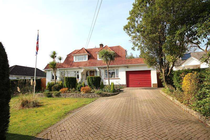 4 Bedrooms Chalet House for sale in Fairview Road, Broadstone
