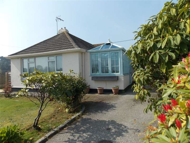 2 Bedrooms Detached Bungalow for sale in Conway Close, Falmouth, Cornwall