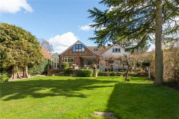 6 Bedrooms Detached House for sale in Hambleden, Buckinghamshire