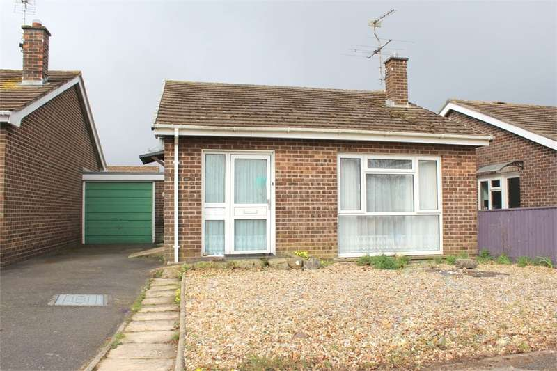 2 Bedrooms Detached Bungalow for sale in Meadow Lane, Wool, WAREHAM, Dorset