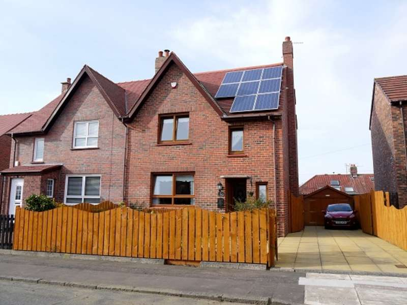 3 Bedrooms Semi Detached House for sale in Dalmilling Road, Ayr, KA8