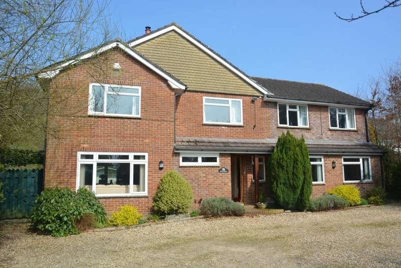 4 Bedrooms Detached House for sale in WOODLANDS, WIMBORNE
