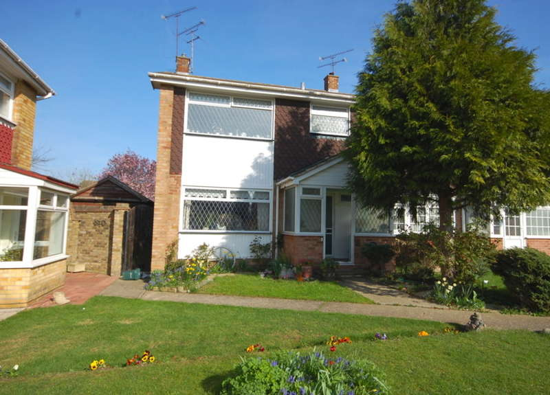 3 Bedrooms End Of Terrace House for sale in Tees Road, Old Springfield, Chelmsford, CM1